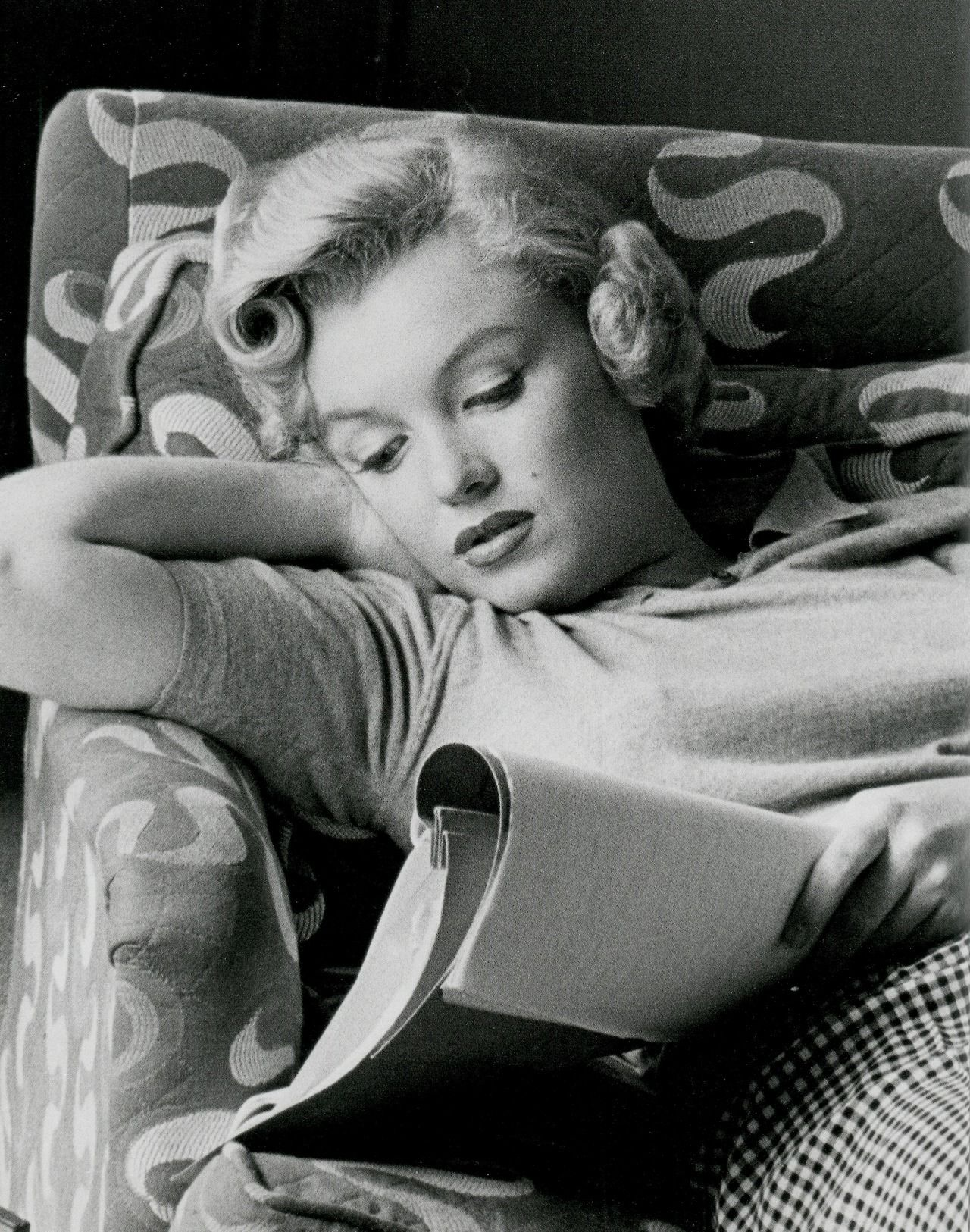 Marilyn Monroe At The Bel Air Hotel Photographed By Andre De