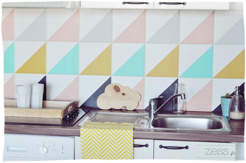 carrelage triangle cuisine sticker like a color coup en 2 cuisine cr dence pinterest. Black Bedroom Furniture Sets. Home Design Ideas