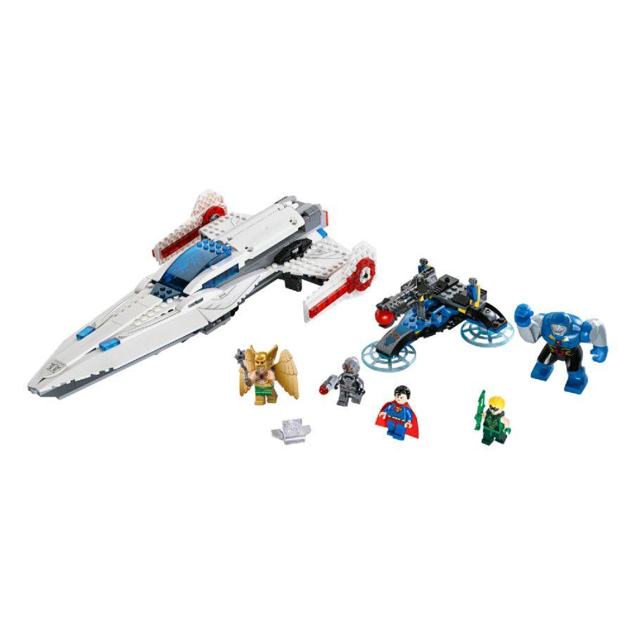 LEGO® DC Comics Super Heroes - Darkseid invasie 76028