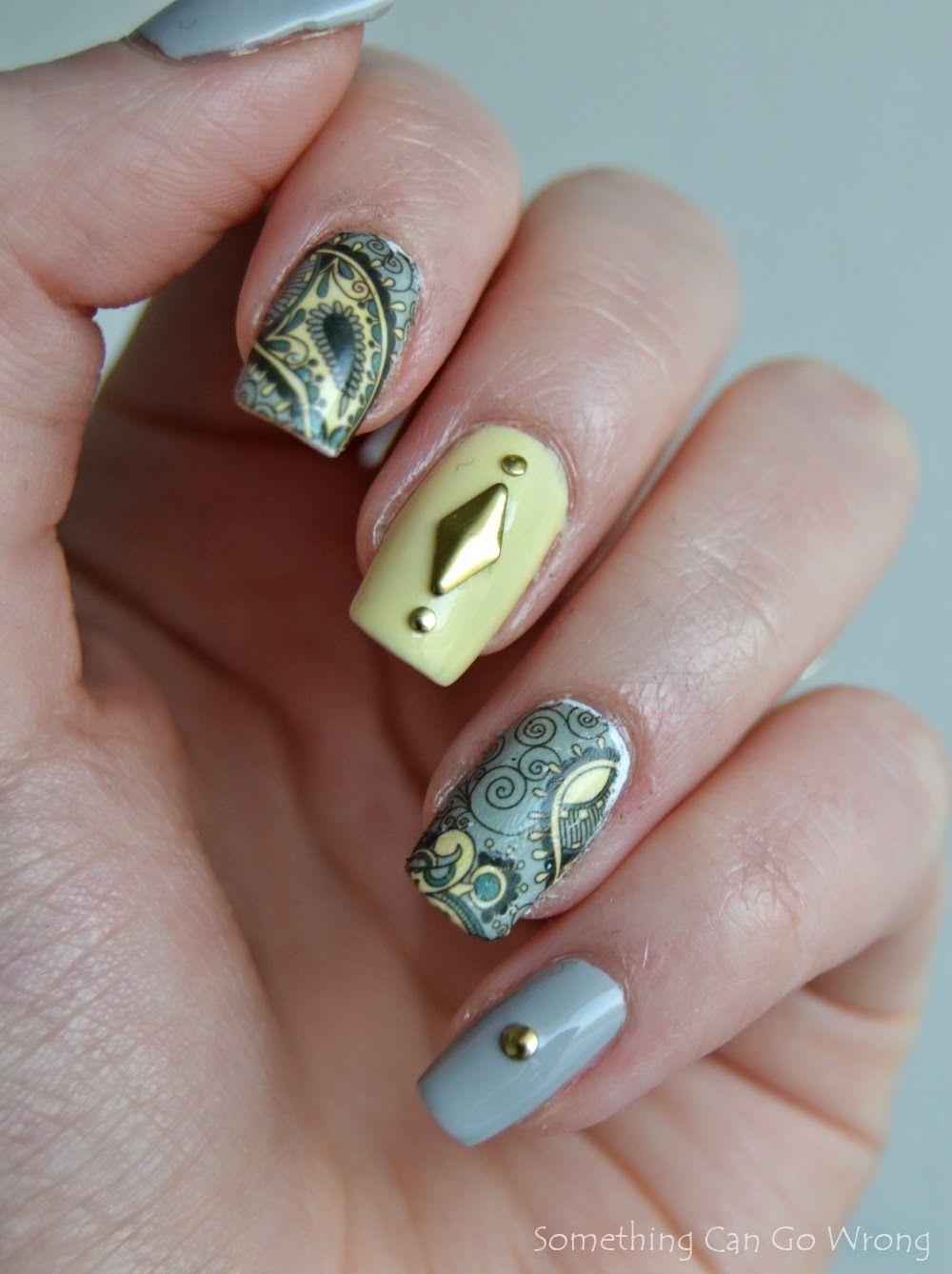 Nail stamp water decals from @BornPrettyStore