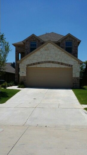 My new house... Camt wait to move in tomorrow with my love?!