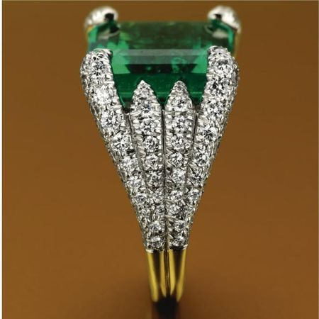 11 carat Colombian emerald ring with diamonds