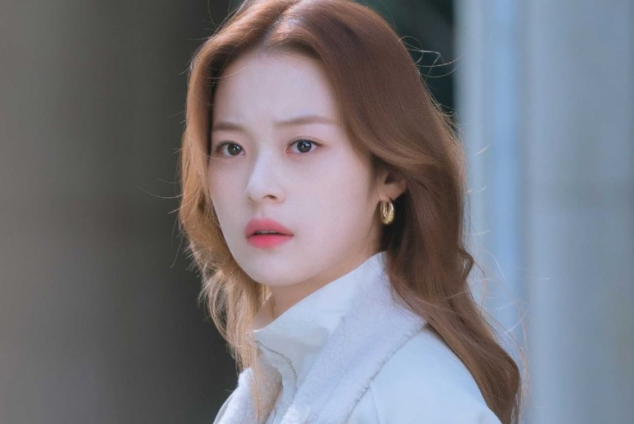 Did You Know? 'Doom at Your Service' Star Shin Do Hyun is a Real-Life Writer