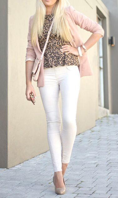 be3af7e7e7f Leopard print looks really fun with white jeans. 20 Style Tips ...