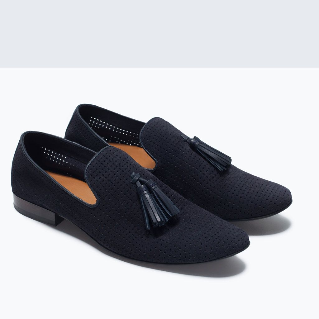 Chinela Sport shoes from Zara
