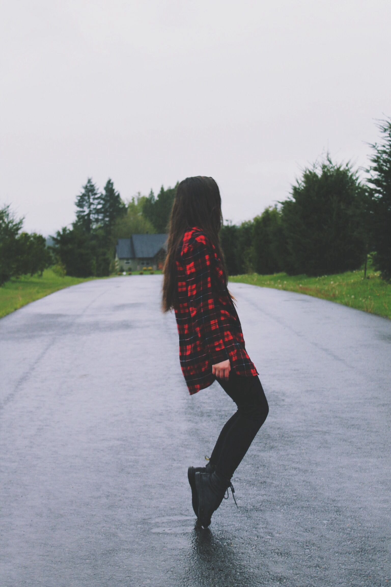 Red flannel and jeans  Black jeans black Converse and black and red flannel  My Style  M