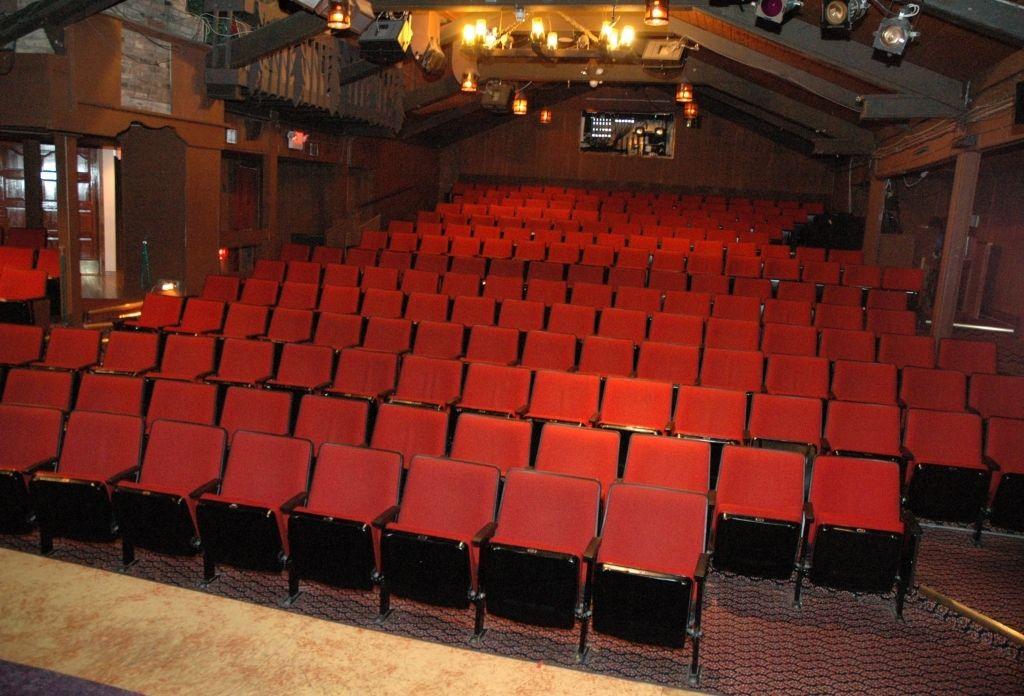 Chanhassen Dinner Theater Di 2020