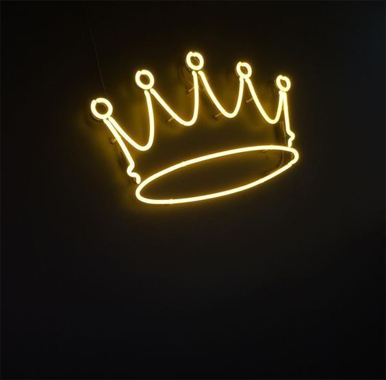 Feeling Like Royalty Because My Father Is The King Gt Neon Signs Neon Aesthetic
