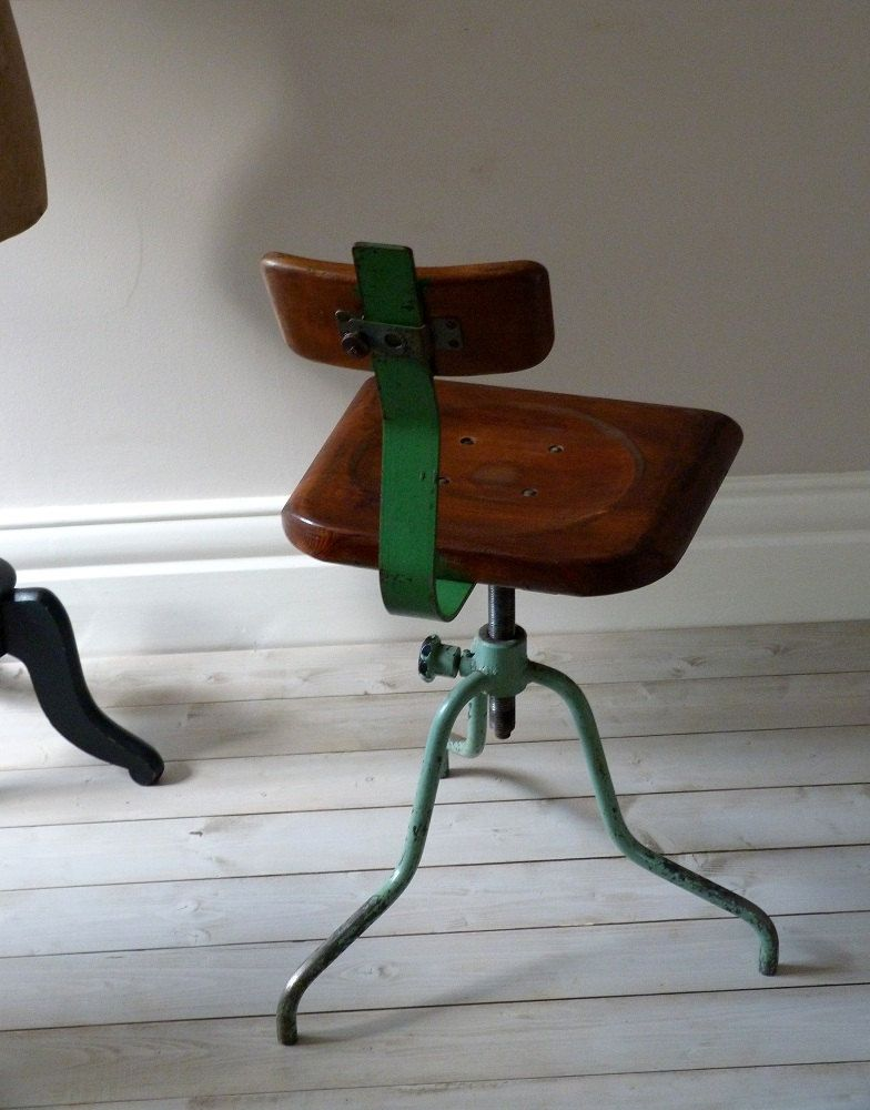 Vintage Industrial Chair / Factory Machinists Stool.
