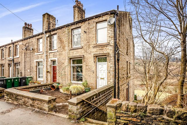 This Is Huddersfield Property 3 bed end terrace house