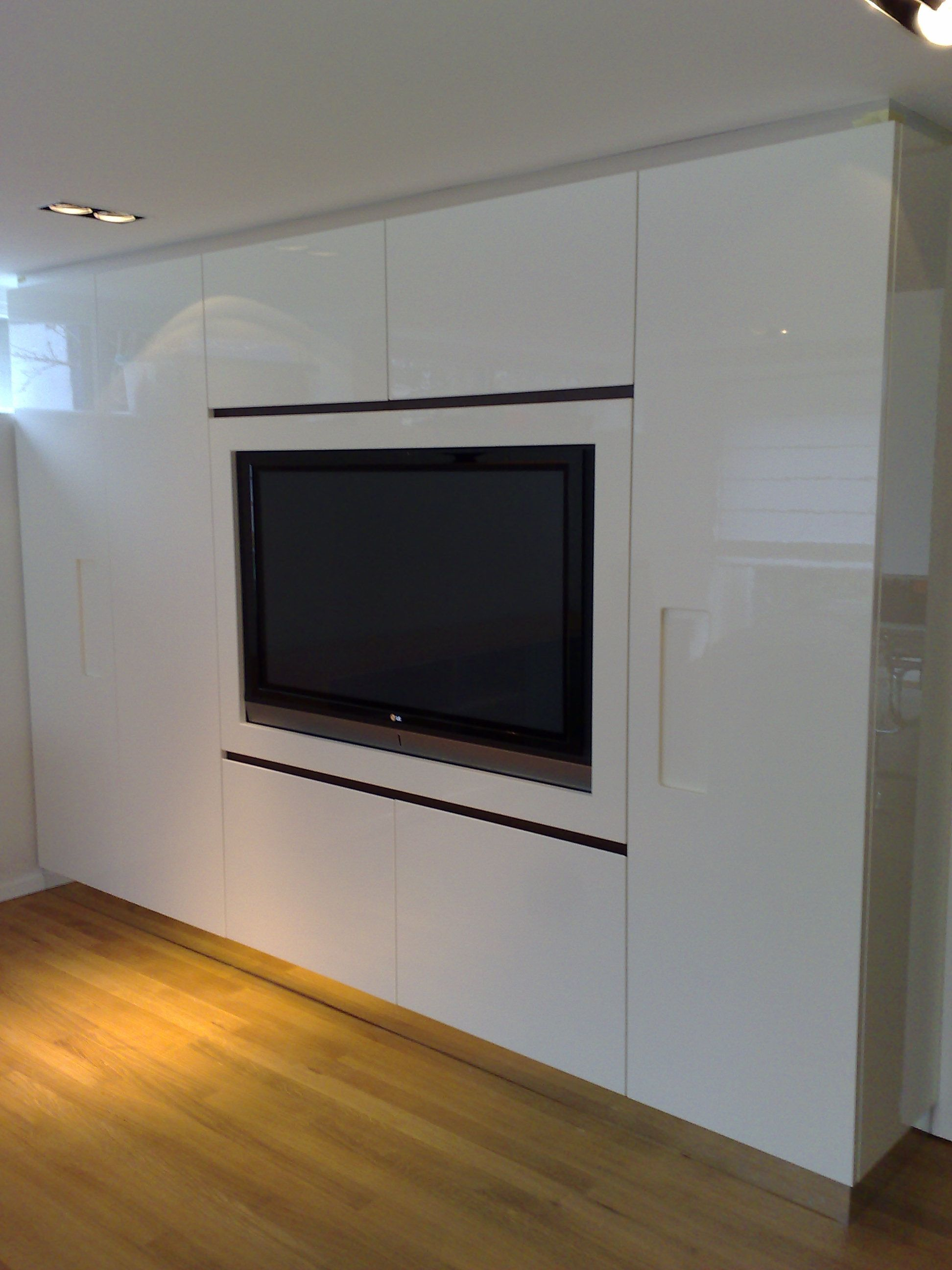 tv kast in hoogglans wit op maat | Einrichtung | Pinterest - Tv kast ...