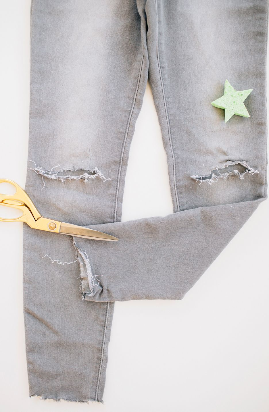 DIY Star Bleached Jeans | Bleached jeans, Bleach, Walk in love