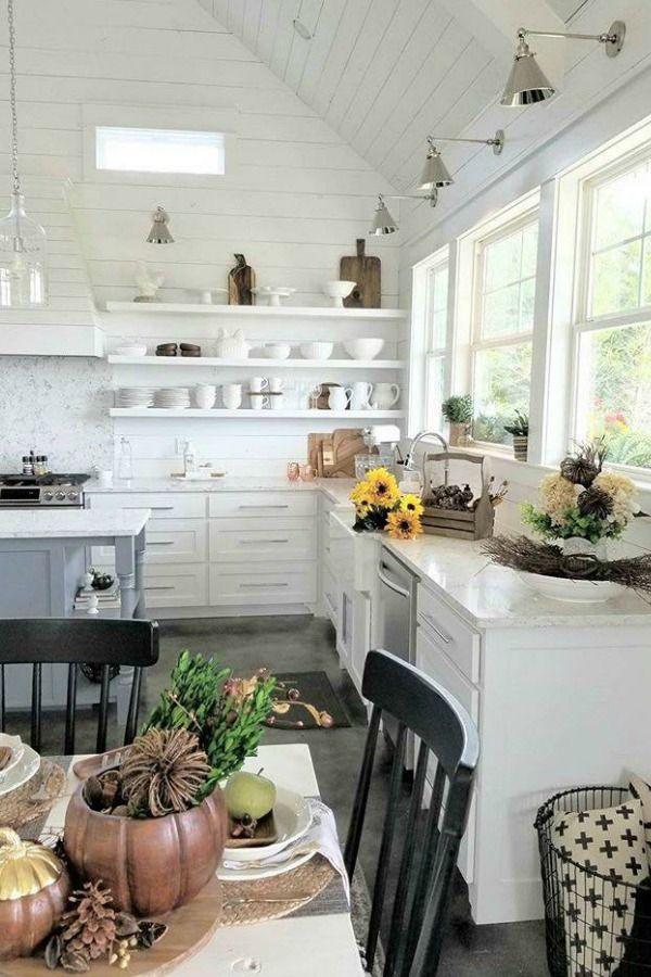 10 Inspiring Home Decor Instagram Accounts | Kitchens, Farmhouse ...