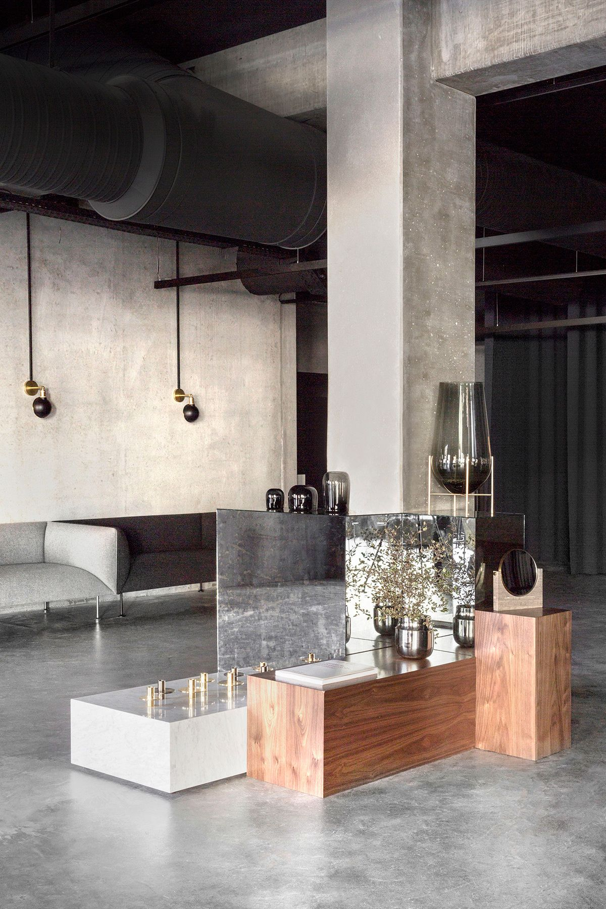 Encuentros Elegantes Ad Espa A Jonas Bjerre Poulsen Norm  # Muebles Hoteles Venta