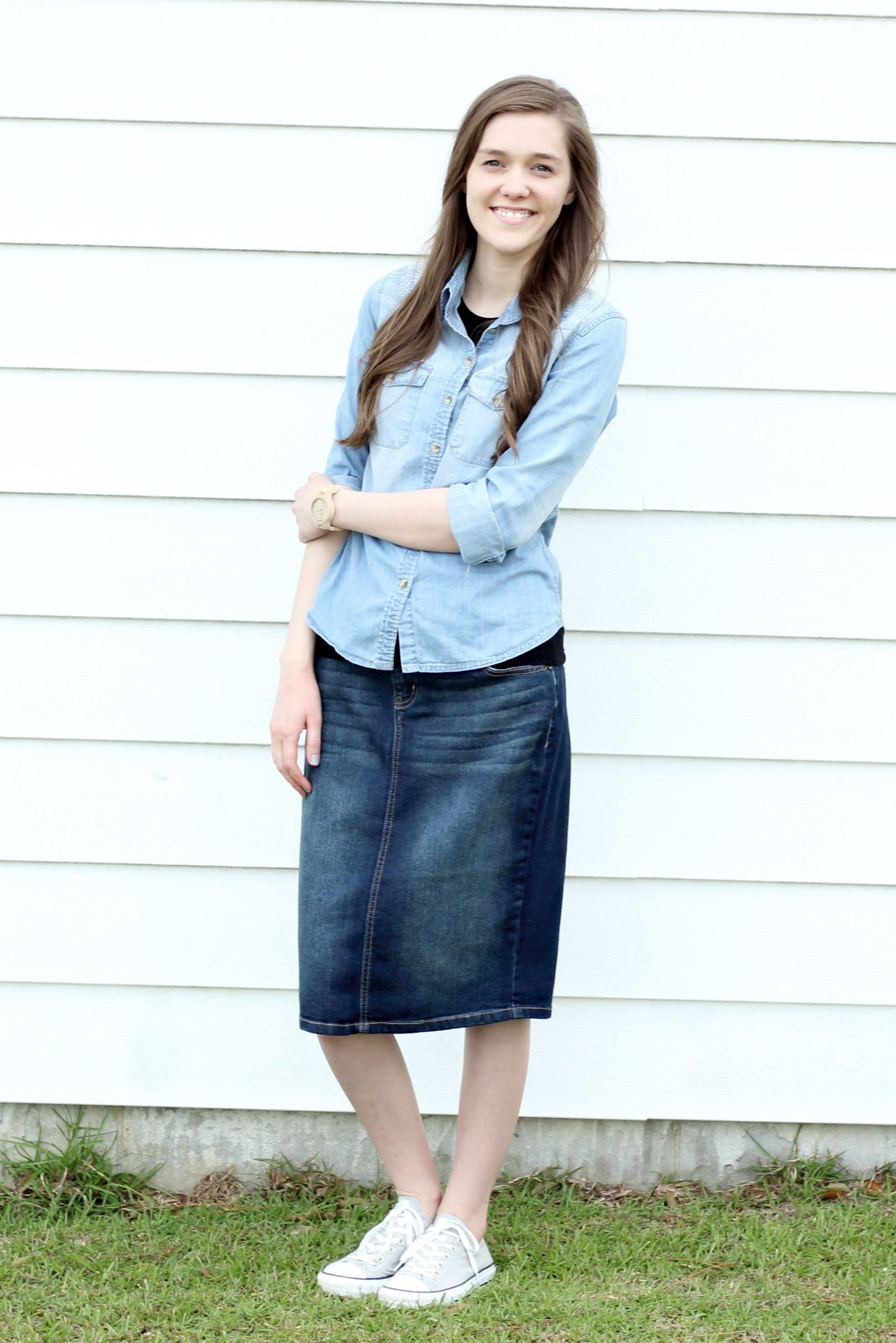 24c245a716c Modest Outfit Idea  Chambray Shirt  Denim Skirt  Converse  Denim on Denim