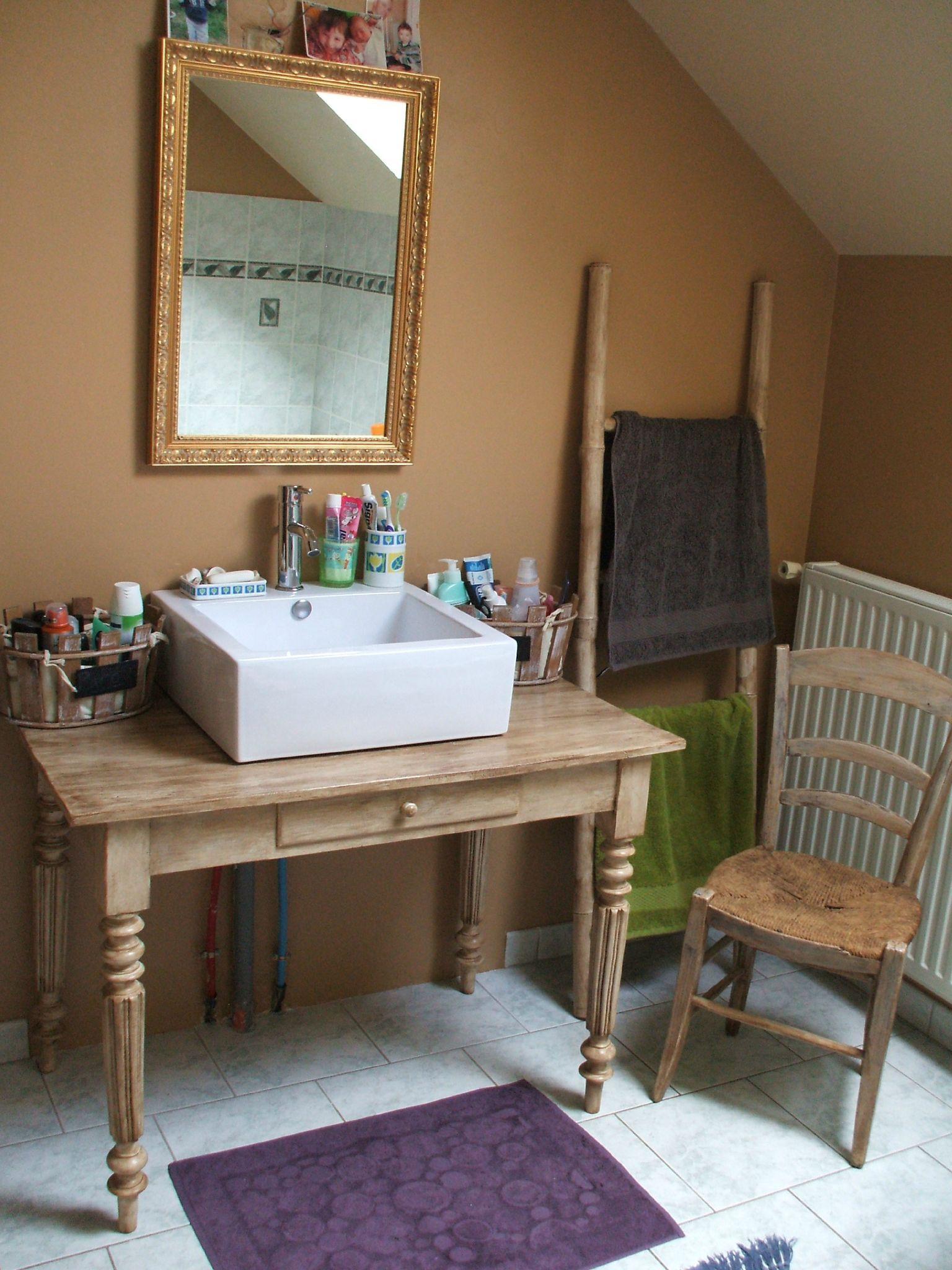 Deco Un Meuble De Salle De Bain Diy 1 Meuble De Salle De Bain Decoration Salle De Bain Meuble Vasque