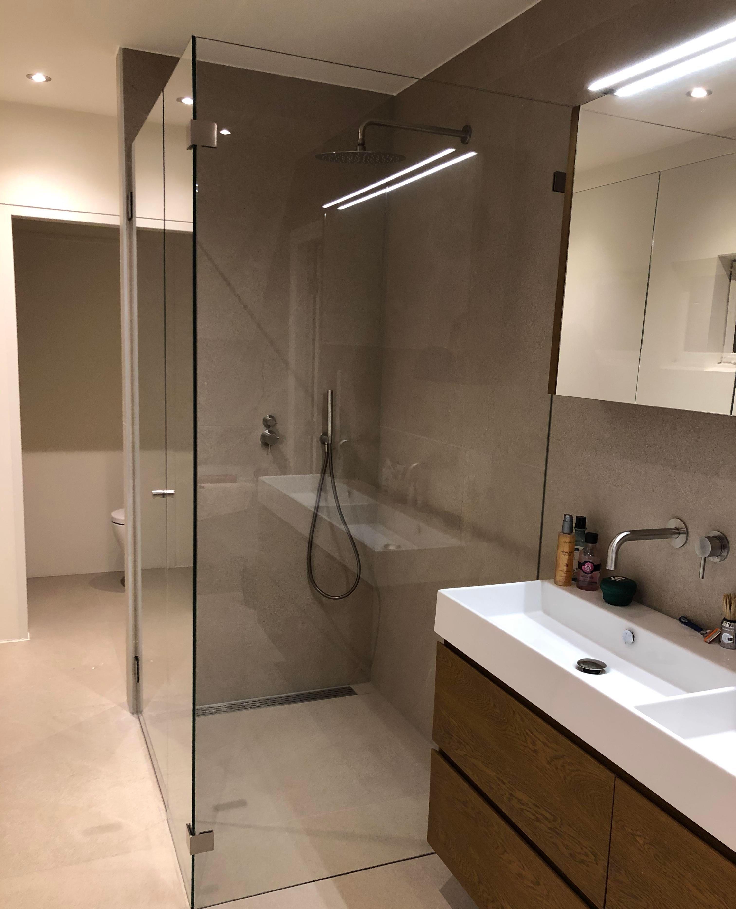 Massgeschneiderte Duschkabine In 2020 Duschkabine Dusche Duschwand