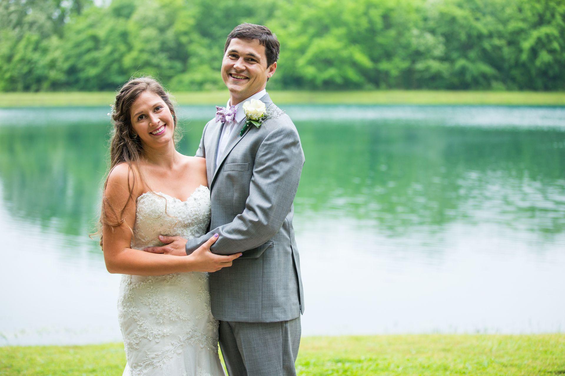 Traditional spring wedding at a park lakeland tn