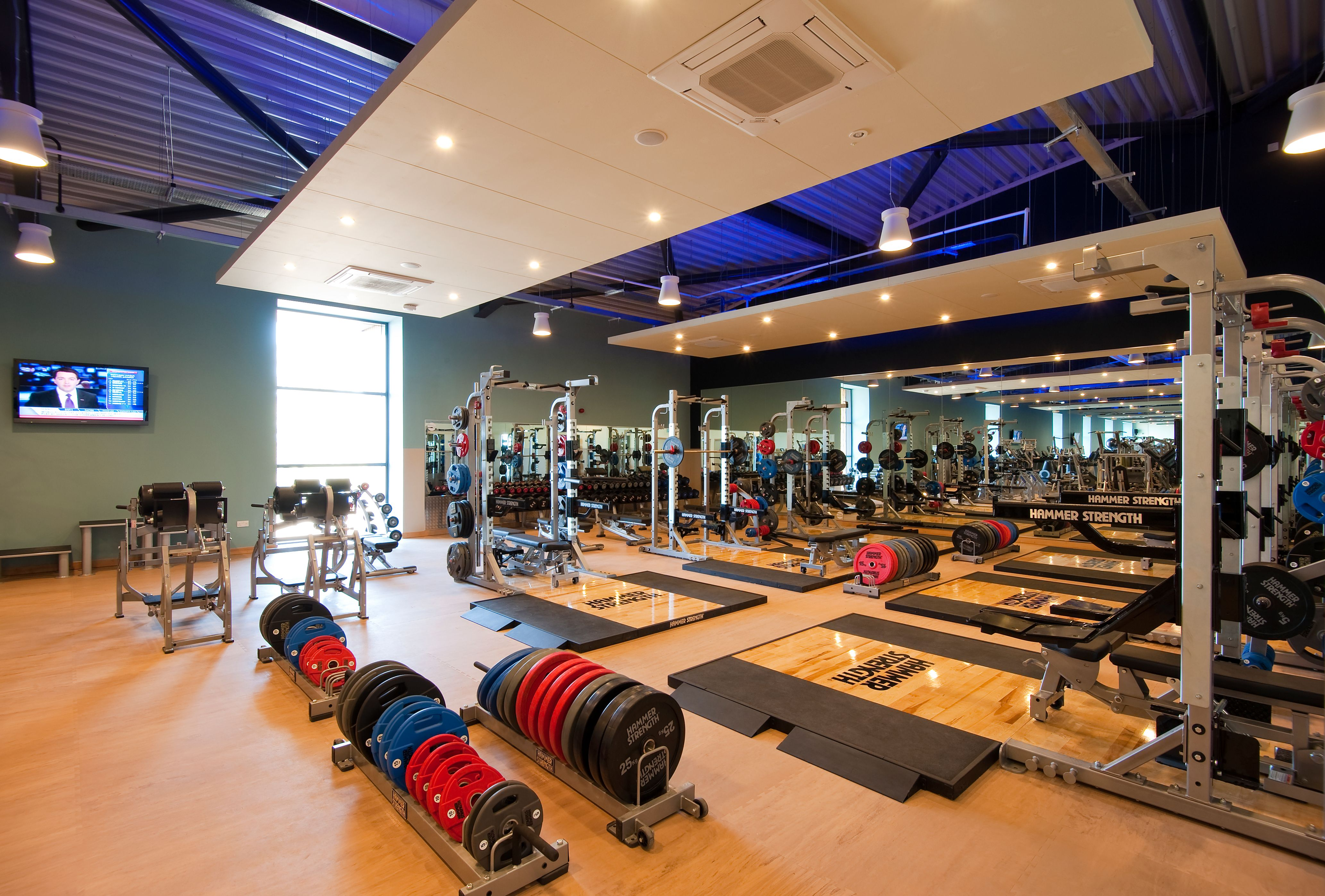 700sqm health and fitness centre offers a contemporary