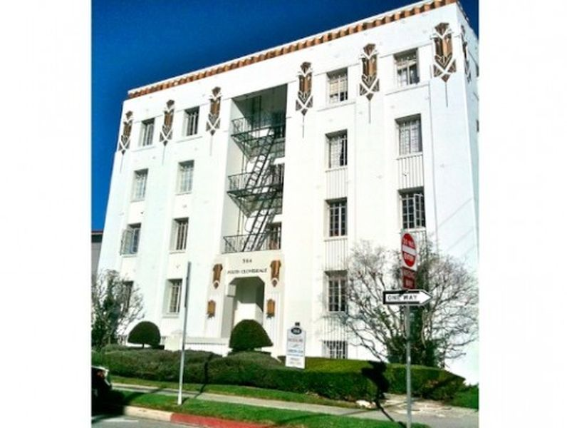 C.J. Smale-Designed Art Deco Apartments in the Miracle Mile | Design ...