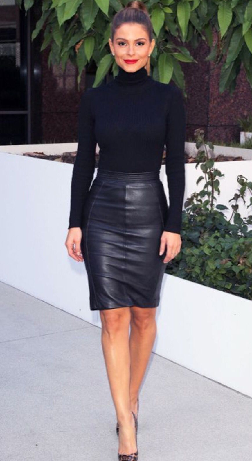 Black turtle neck and leather skirt | Fall Into Fashion ...