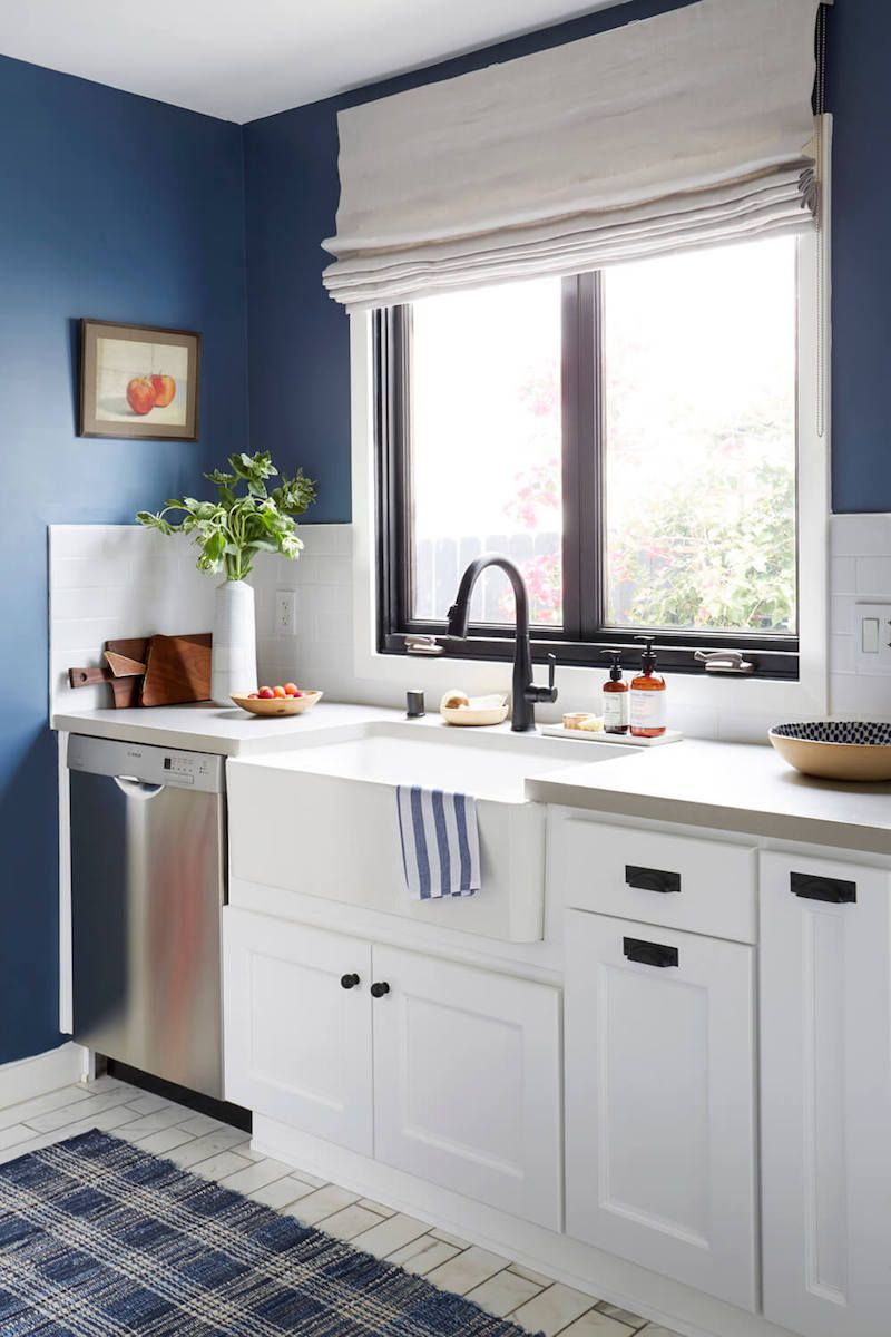Kitchen sink without window   things youuve got to remove from your home asap  countertop