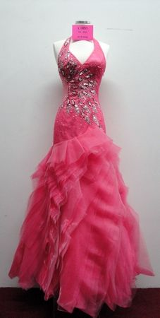 What about this for prom?? Itz likda like what i envisioned katniss's dress for the interviews in the hunger games.