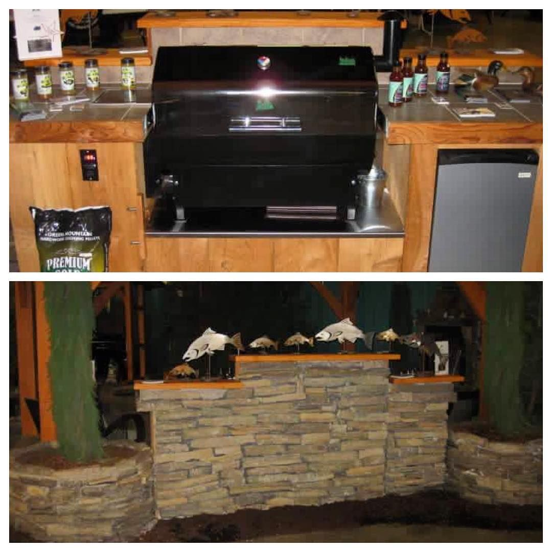9 Must Have Outdoor Kitchens: Check Out This Custom Built-in Green Mountain Grill! What