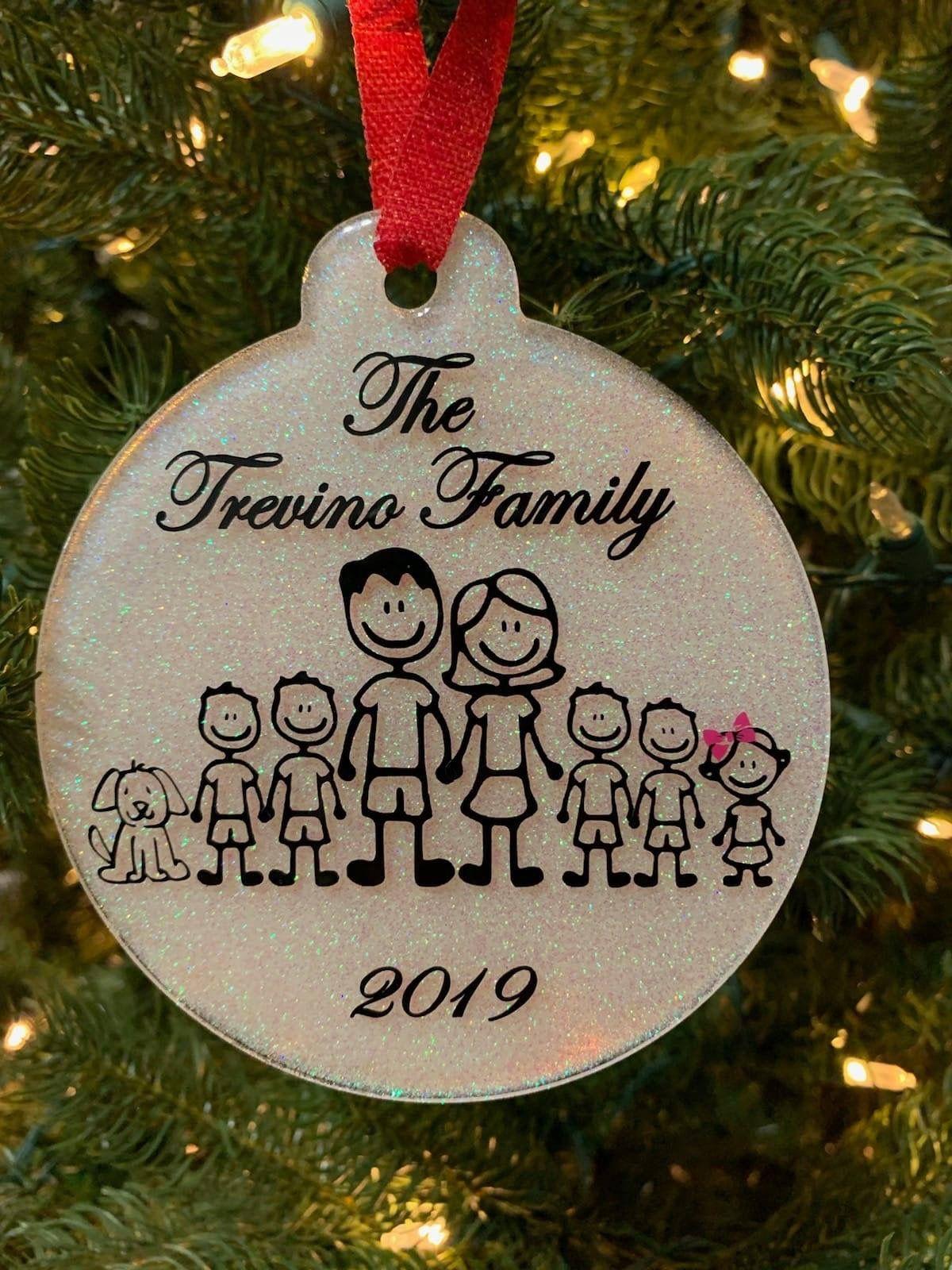 Pin By Linda Olivo On Cricut Christmas Ideas In 2020 Cricut Christmas Ideas Christmas Ornaments Diy Christmas Ornaments