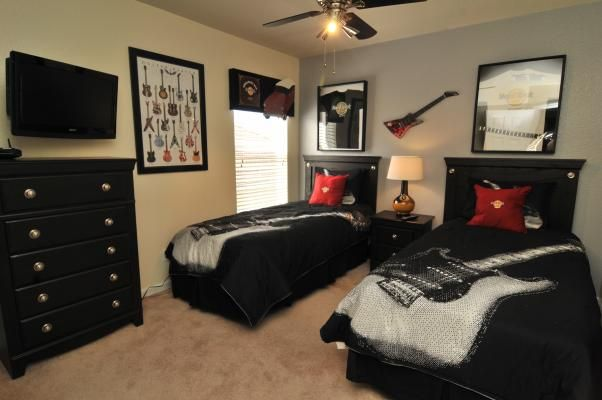 1000 images about Guitar Room on Pinterest. Guitar Bedroom