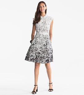 51240d3afb5 Femme Robe évasée en blanc   gris – prix bas sur l´e-shop C A ...
