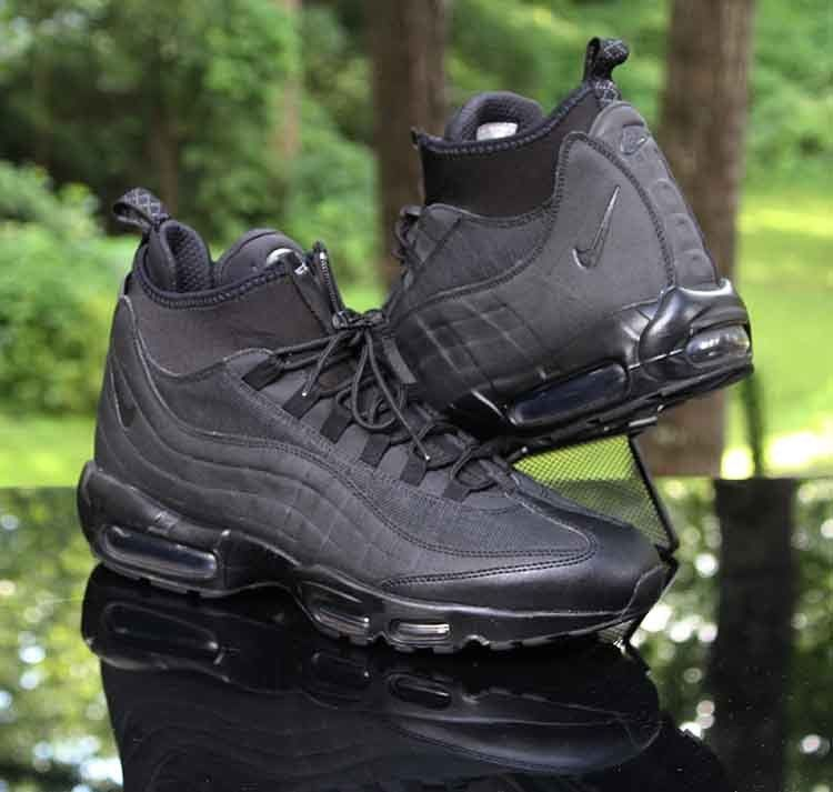 ca32d2f2f0 Nike Air Max 95 Sneakerboot Black Black 806809-002 Men's Size 12.5 #Nike  #HikingTrail