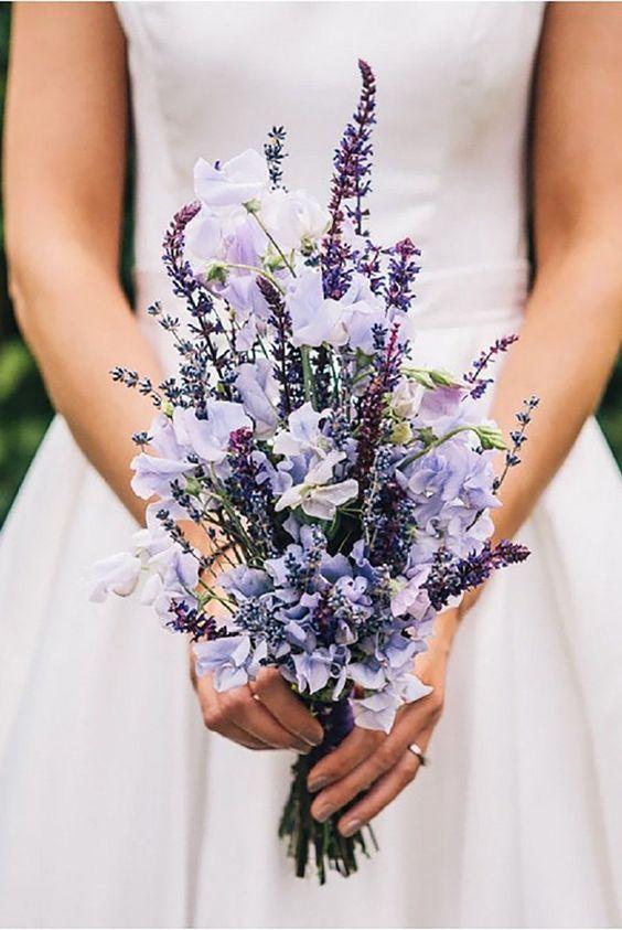 lavender wedding theme, wedding color combinations, wedding flowers, wedding bouquets, wedding hairstyles, wedding invitations #purpleweddingflowers