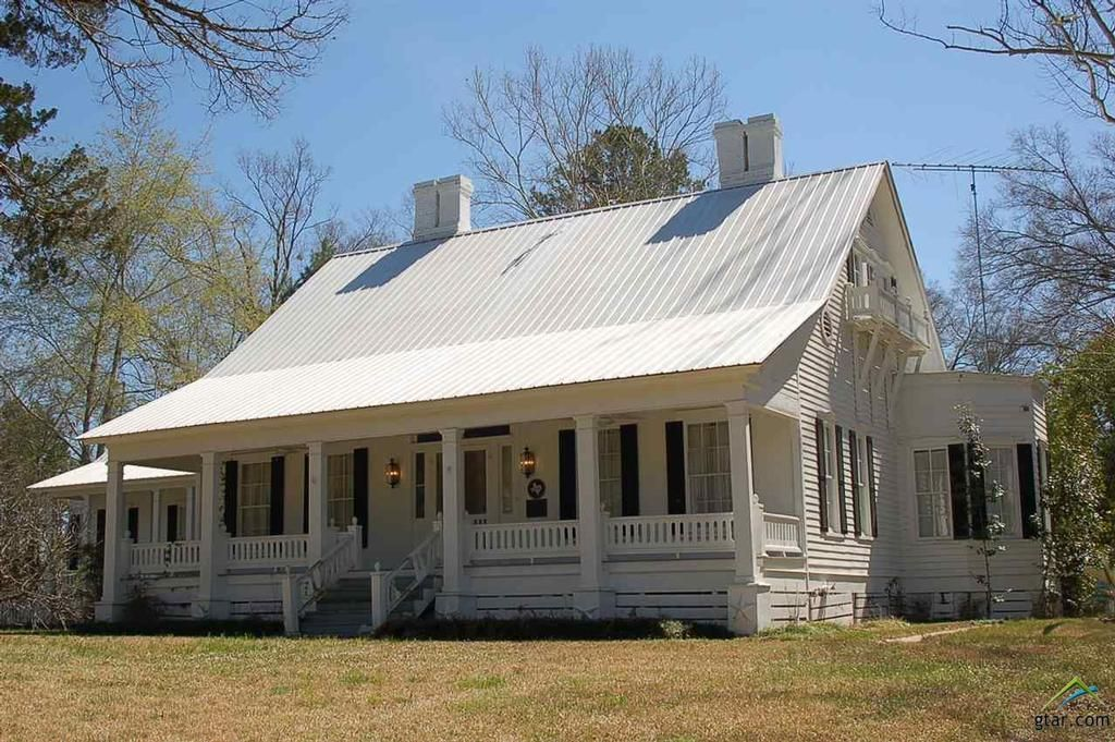 Pin by Tanya Miller on Farm Old houses for sale, Farm