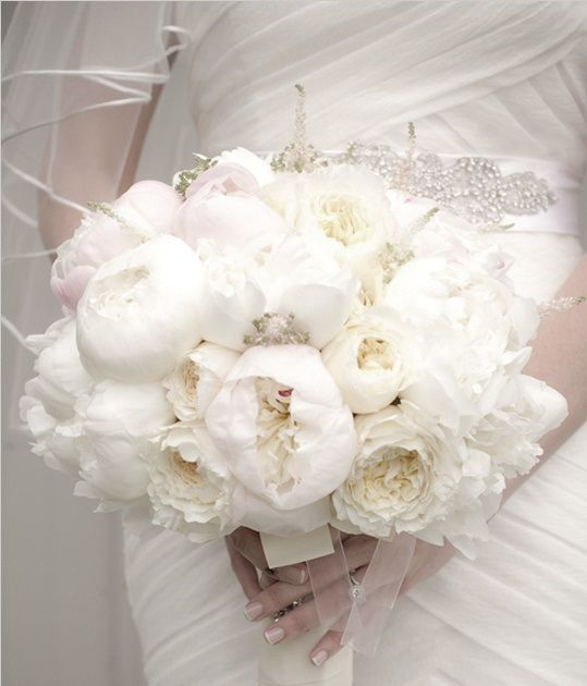 White Peonie Wedding Bouquet The Flower That Is The Most Delicate