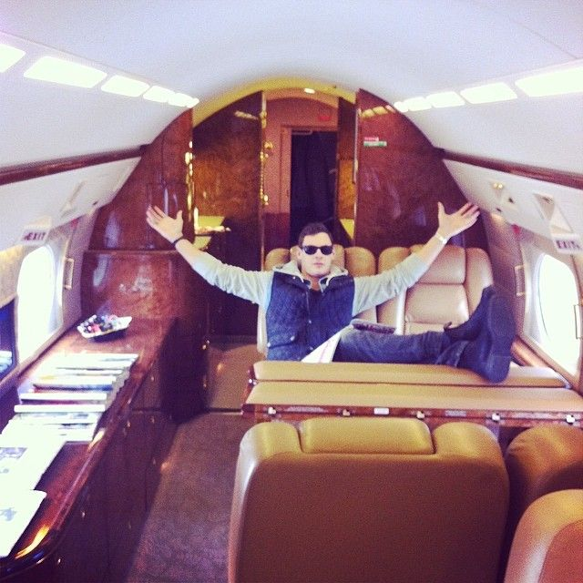 I like the view from here! #lilwayne #flyprivate #g4 #raresociety #rkoi #getaround by kyle.raresociety