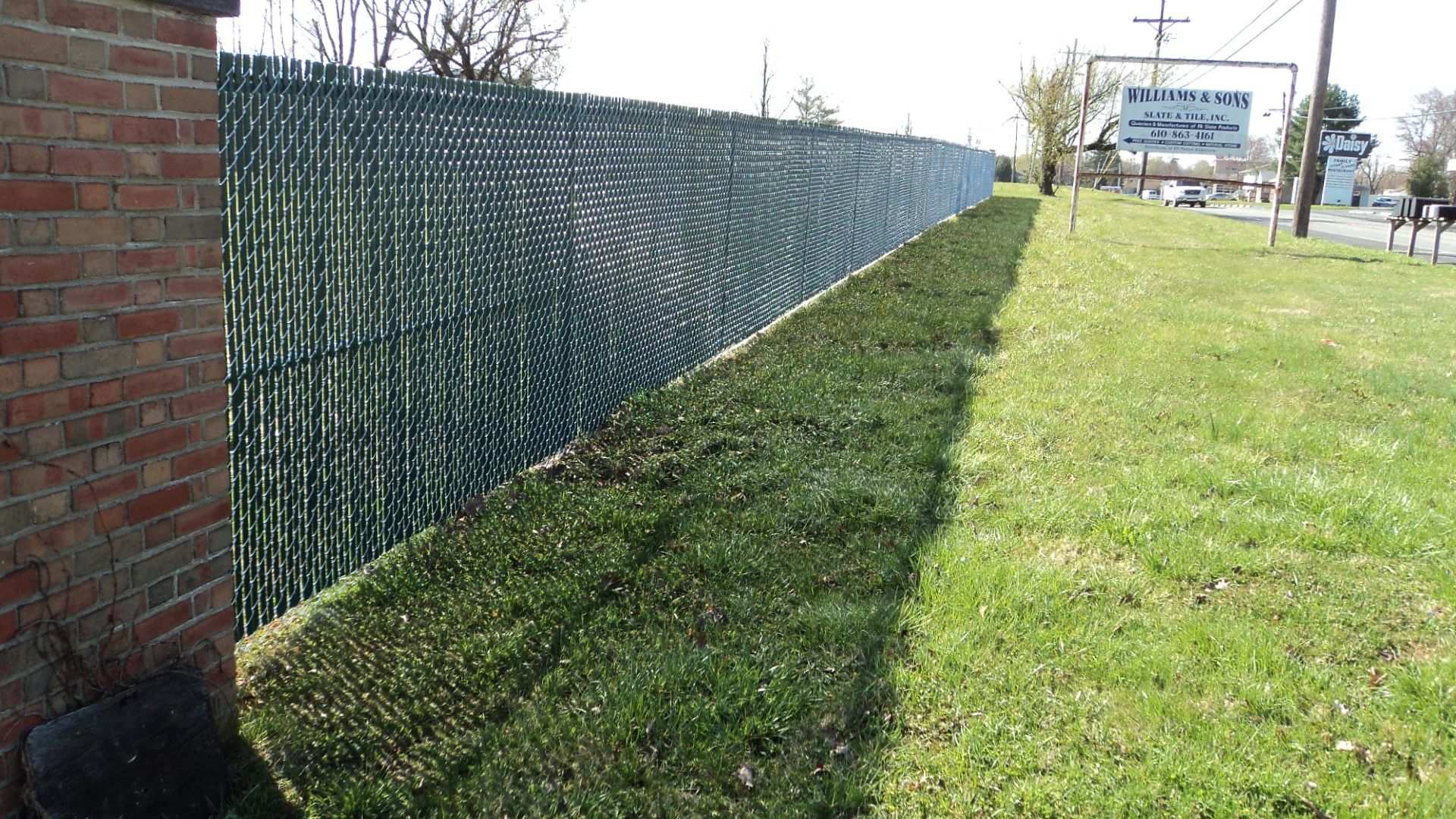 Galvanized Chain Link Fence With Green Pvc Privacy Slats Do You