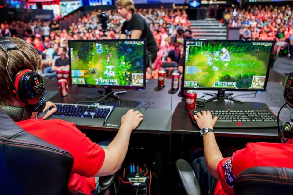 CPLAY Tt eSPORTS League of Legends at Dr. Pepper Allstar Tournament 2013 (Gamescom) | cplay.de