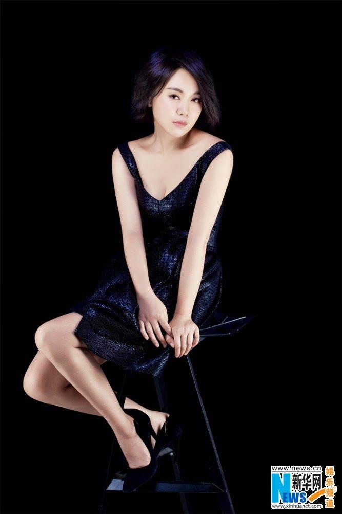 Yan Ni poses for photo shoot   China Entertainment News