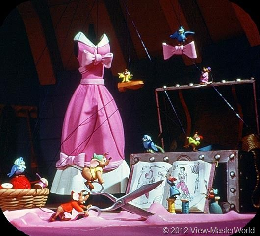 Cinderella View Master I Love Her First Dress So Much This Is Repinned