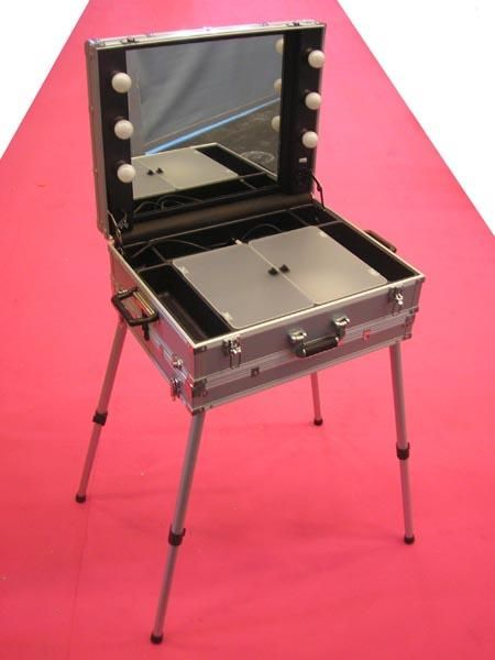 miroir valise de maquillage on pinterest makeup case mirror and led. Black Bedroom Furniture Sets. Home Design Ideas