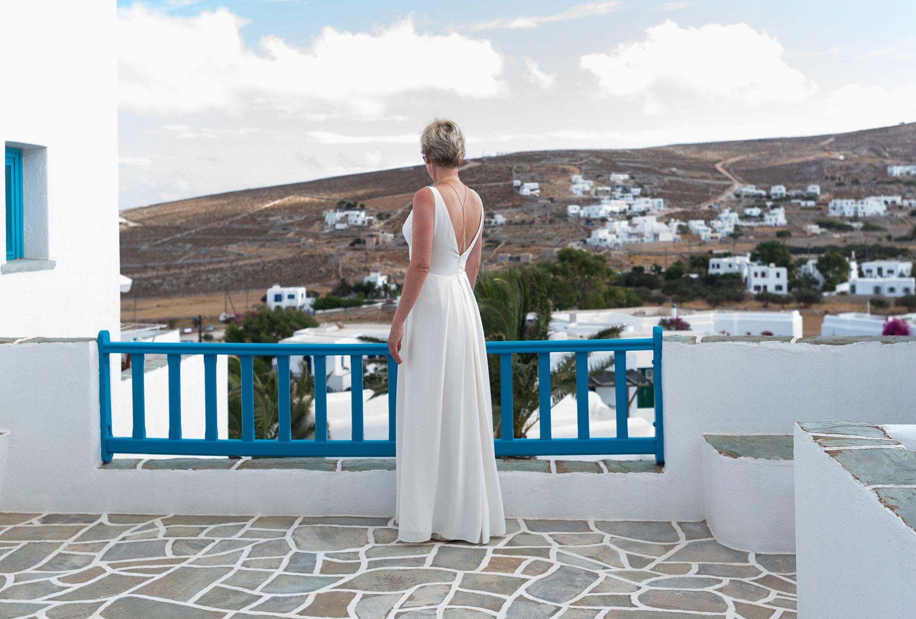 #folegandroswedding #weddingday #weddingphotography #l4l #love #weddinggreekisland #weddingdayphotos #weddingdaystory #weddingdaybliss #weddingdetails #sea #sun #islandlife