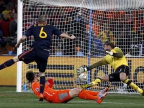 Gol De Iniesta Holanda 0 Espana 1 Narrado Por Paco Gonzalez Y Camacho Soccer Highlights Soccer Soccer Goal