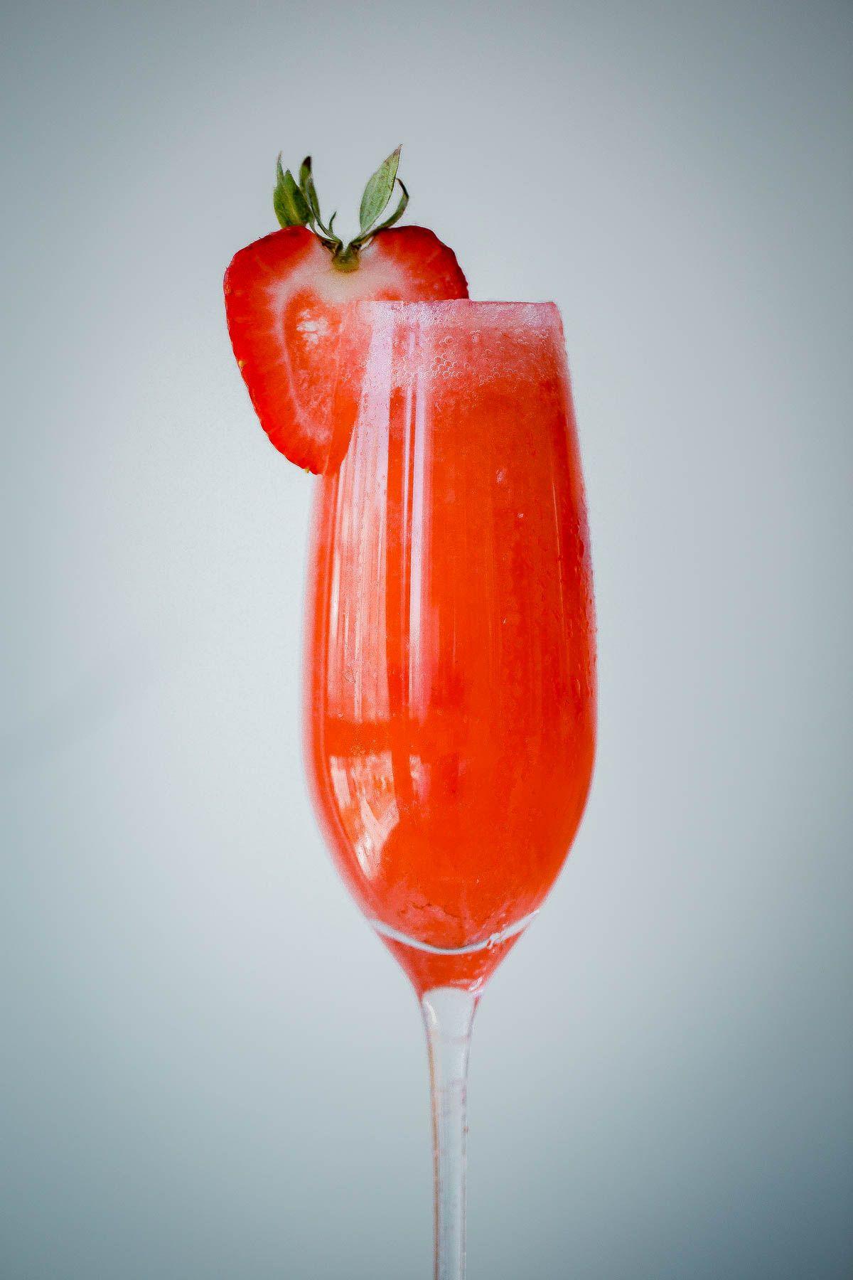 Pomegranate Champagne Cocktail Modern Glam Recipe Sparkling Wine Cocktails Sparkling Wine Cocktail Recipes Champagne Cocktail