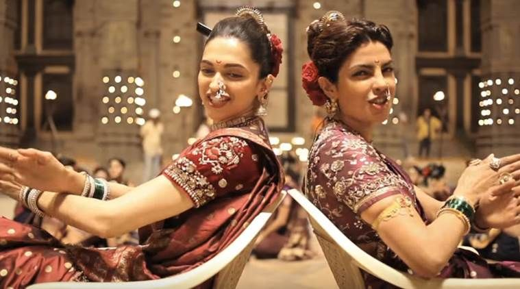 Watch How Deepika Padukone Priyanka Chopra Danced Their Way To Perfection In Pinga Priyanka Chopra Bollywood Beautiful Bollywood Actress