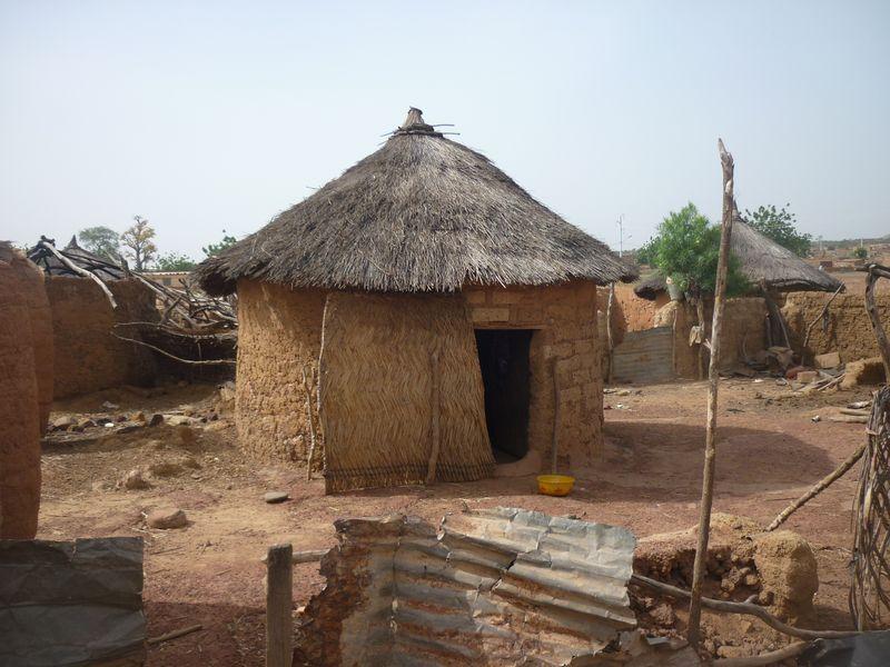 Case africaine photos village case africaine page 2 for Case en bois