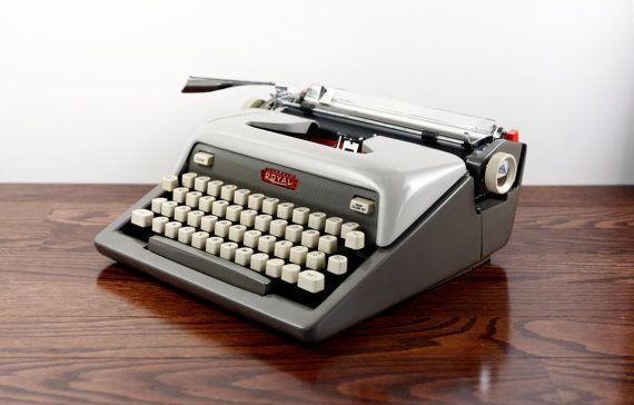 Royal Futura 800 Manual Typewriter Working Typewriter Vintage Two Tone Gray Typewriter Excellent Condition Vintage Typewriters Working Typewriter Typewriter