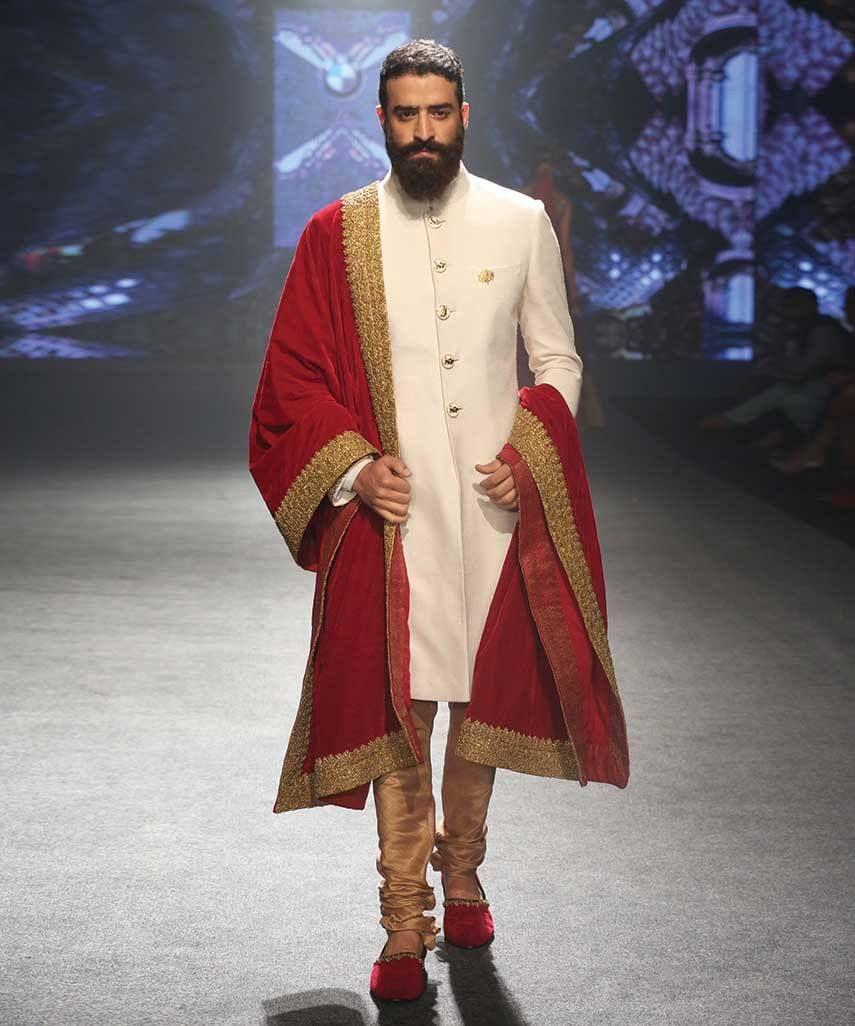 Shantanu & Nikhil. BMW IBFW 15\'. Indian Couture. | wedding ...