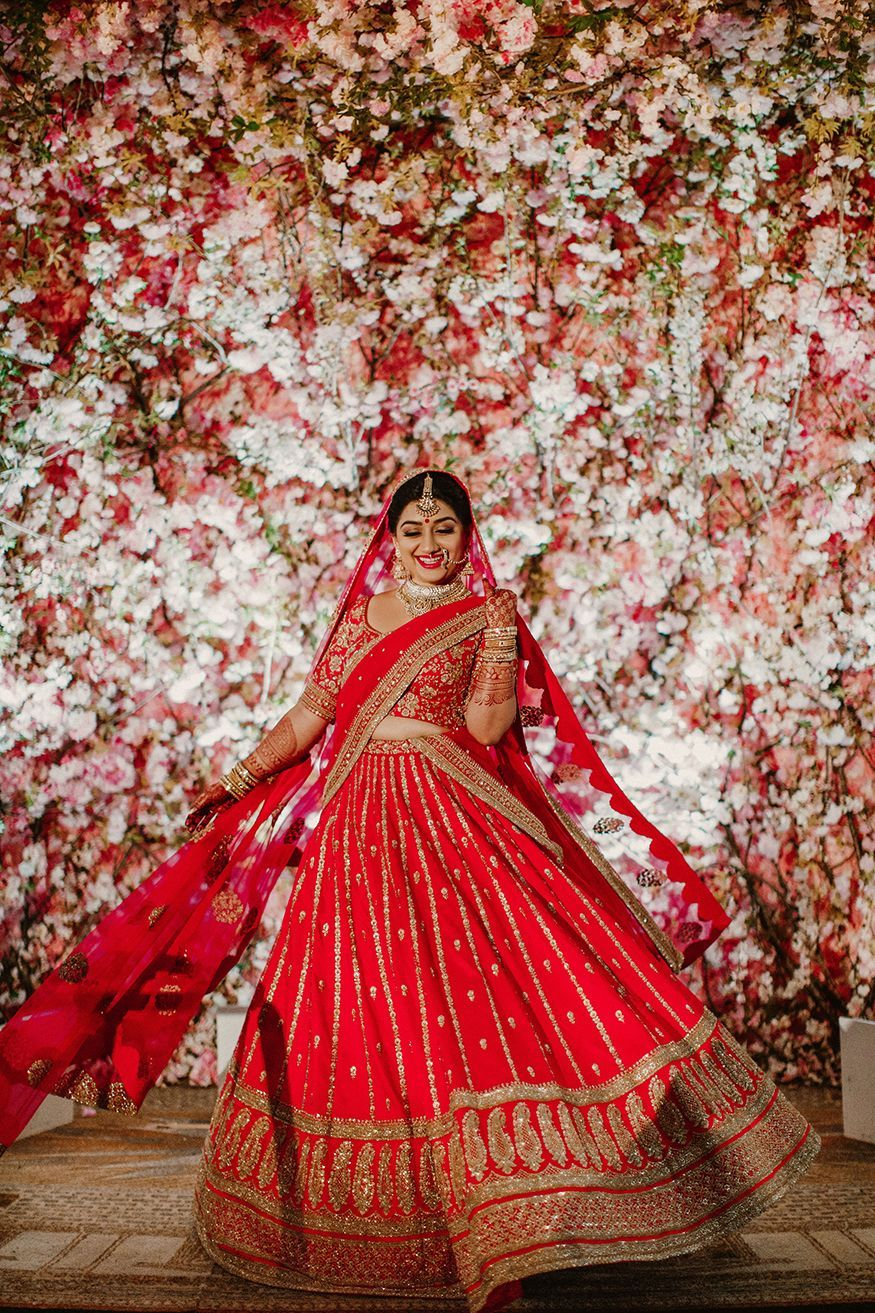 This stunning Bridal Gown has a good looking embroidery