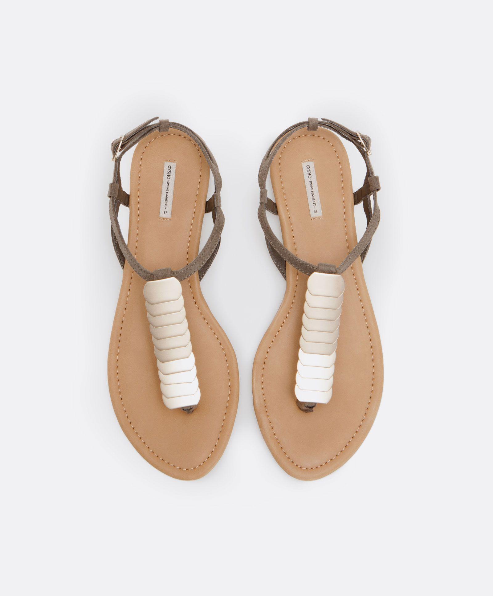 Sandálias plaquinhas douradas - OYSHO